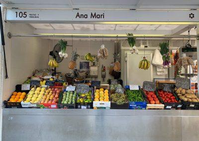 Puesto 105 – Frutas y Ana Mari
