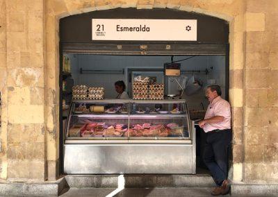 Puesto 021 – Carnicería Esmeralda