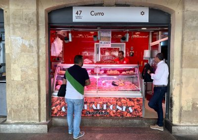 Puesto 047 – Carnicería Curro
