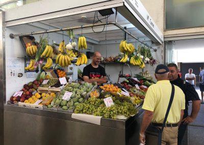 Puesto 074 – Frutas y verduras Mari Carmen