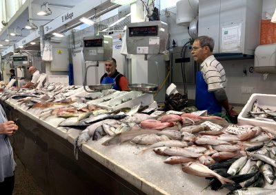 Puesto 124 – Pescadería El Málaga