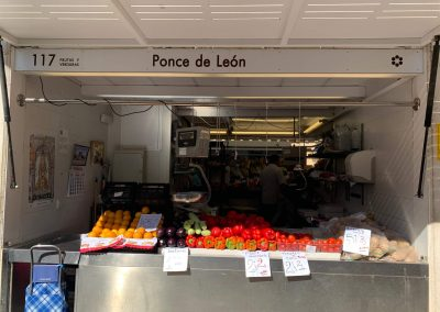 Puesto 117/120 – Frutas y verduras Ponce de León